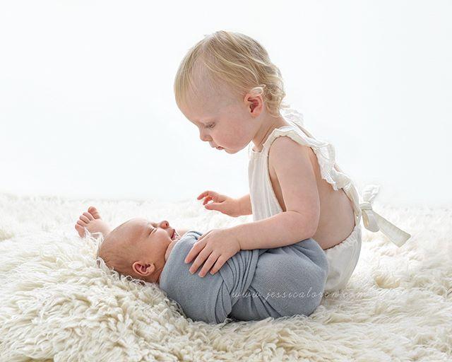 Hunter - 10 days new + Arabella - 17 months old...#proudbigsister #simplisticnewborns #simplisticnewbornphotography #clickinmoms #humansofjoy #thatsdarling #thepursuitofofjoy #pixel_kids #thehonestlens #simplisticnewborns #simplisticnewbornphotography #naturalnewborn#babywhisperer #jessicalorenphotography #babyphotographerbrisbane #babyphotographybrisbane #brisbanebabyphotographer #brisbanebabyphotography #brisbanephotographer #newbornphotographerbrisbane #newbornphotographybrisbane  #brisbanenewbornphotography #brisbanenewbornphotographer #newbornphotographer #newbornphotography #bestnewbornphotographerbrisbane #newbornphotographybrisbane #siblingphotos #newbornposing #siblings - from Instagram